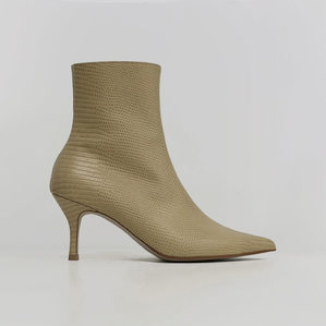 pointed-toe ankle boots (lizard beige)