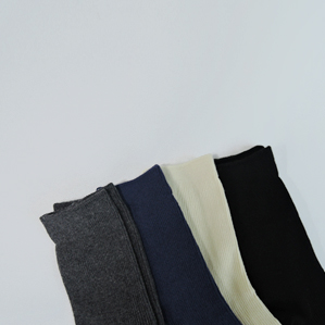 color socks (grey,navy,cream,black)